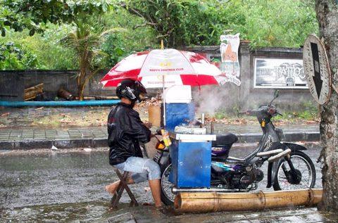Kaki-Lima: Eine mobile Küche auf einem Motorrad
