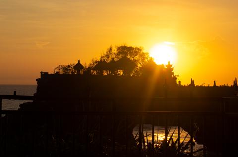 Sonnenuntergang am Tanah Lot Tempel